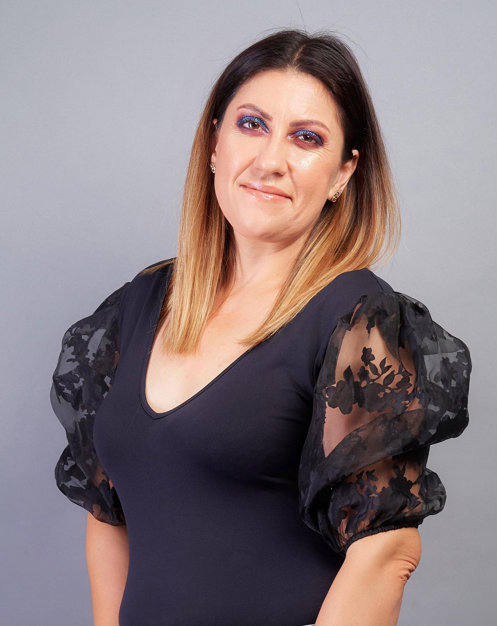 Alina Dana Sandu - despre